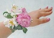 Браслет из живых цветов на свадьбу